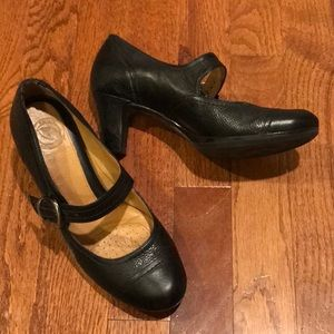 Nurture Mary Jane Black Leather Shoes